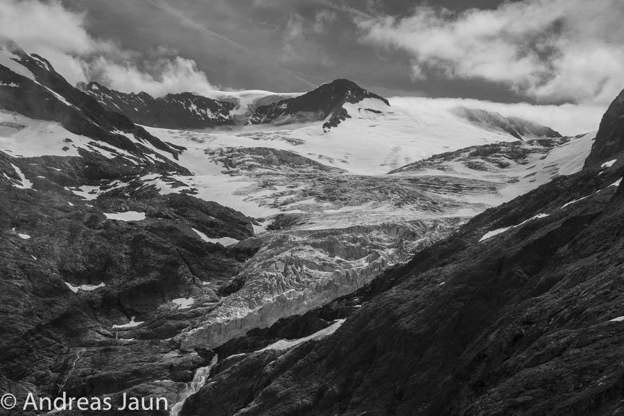 Triftgletscher SW Juli 2016.jpg